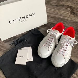 Givenchy Urban Knot Low Top Sneaker